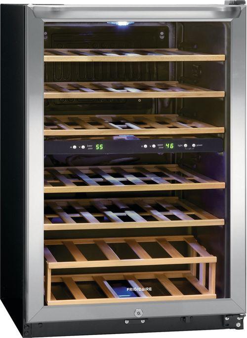 Cava Enfriadora de Vinos Frigidaire 38 Botellas con Separador de Temperatura Gris